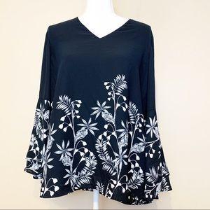Alfani Vneck Bell Sleeves Blouse Size 8